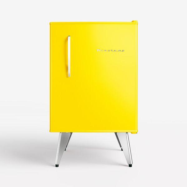 Frigobar-Brastemp-Retro-76-Litros-Amarelo-–-220-Volts